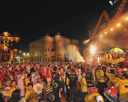 Batuqueiros no Marco Zero na abertura do Carnaval 2012/Recifeweb/Flickr