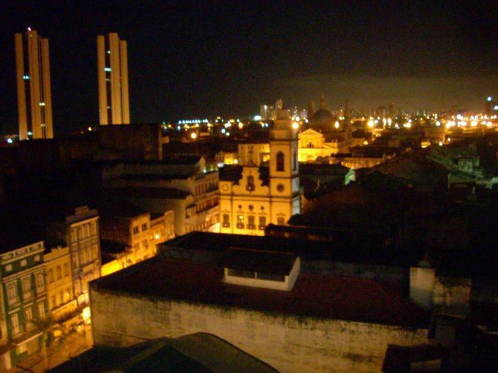 O Roof Tebas oferecia bela vista da cidade e nenhuma segurança para seus frequentadores- foto capturada na página da boate no Facebook