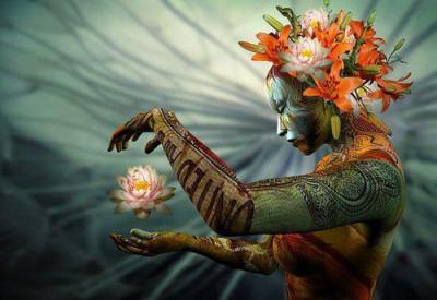 Mulher Lotus - imagem capturada no sítio Ser em Relação (www.seremrelacao.com.br)
