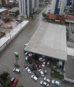 Ernesto de Paula Santos, acesso do Aeroporto para Boa Viagem - @marciolmenezes/JC Trânsito