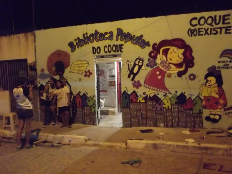 A Biblioteca Popular do Coque de fachada nova - do blogue BP Coque