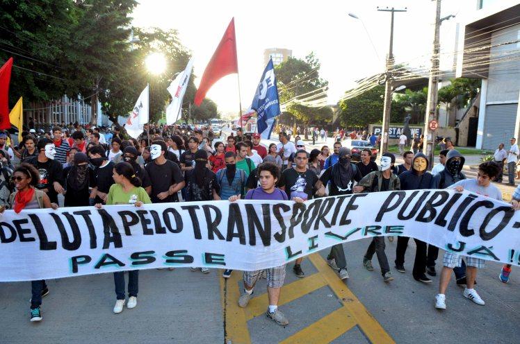 A voz das ruas: do passe livre a Constituinte Exclusiva para a reforma política - Foto: Beto Oliveira/Lumen