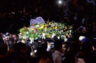No enterro de Campos, predominou o clima de campanha - Fotos: Fernando Frazão/AgBR