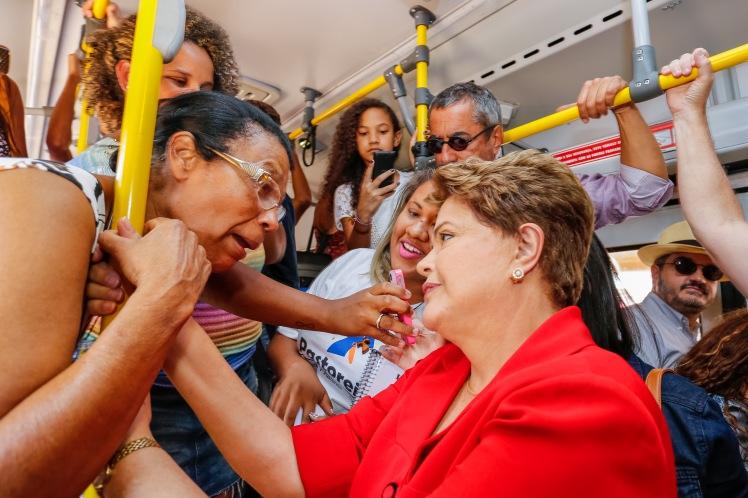 Dilma durante visita ao BRT em Brasília-DF - Foto: Ichiro Guerra/Dilma 13/Fotos Públicas