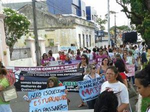 Em Queimadas, houve caminhada de protesto - Foto: FB/Cristovão Teixeira