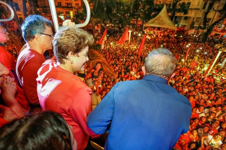 Dilma e Lula fizeram discursos afiados no Recife - Fotos: Ichiro Gerra/Dilma13/Fotos Públicas