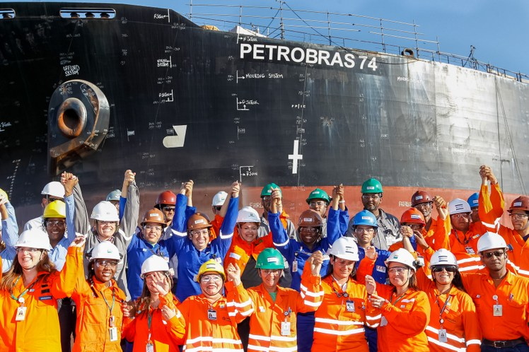 Quebrar a Petrobras para entregar o pr-e-sal só interessa à concorrência - Foto: Roberto Stuckert/PR - Fotos Públicas