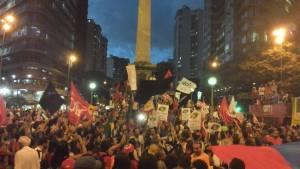 O #Marco13, na Praça 7,  em Beagá, ficou assim - Foto capturada no FB, via Rafaella Dotta