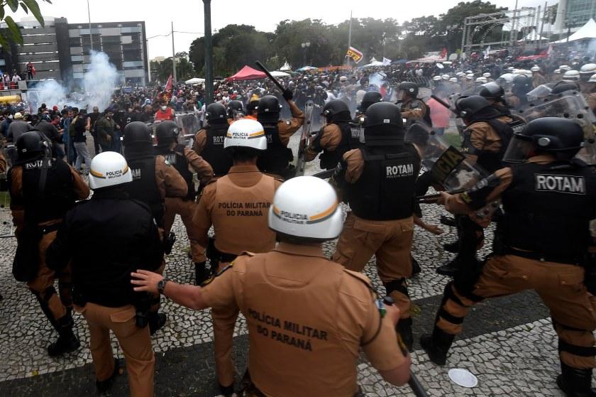 A truculência em ação - Foto: Agência Paraná/Fotos Publicas