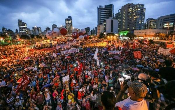 Na capital paulista, 40 mil foram às ruas protestar contra a terceirização - Foto: CUT Nacional