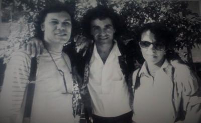 Com Marcelo Prates e Aloísio Morais, então na Veja, acredito que na Praça da Liberdade, em cobertura de atividade do governo . Não me lembro quem fez a foto, mas creio que foi o mesmo Beto Novaes