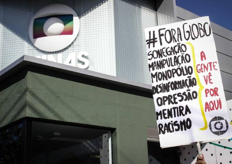 protesto-50-anos-globo-bh-2