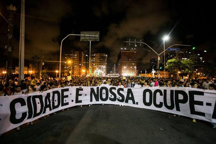 O Recife na noite desta terça, 05 - Foto: Rafaela Ribeiro/Mídia Ninja