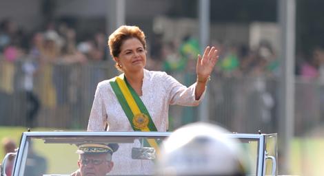 Dilma no desfile