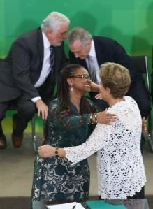 A presidenta Dilma e Nilma Lino, ministra das Mulheres, Igualdade Racial e dos Direitos Humanos na solenidade de posse -Foto: Lula Marques/Agência PT/Fotos Públicas