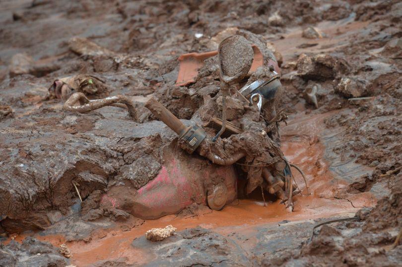 As famílias dos desaparecidos estão angustiadas. O Corpo de Bombeiros, entretanto, diz que é preciso cuidado nas buscas - Fotos: Antônio Cruz\/Agência Brasil/Fotos Públicas