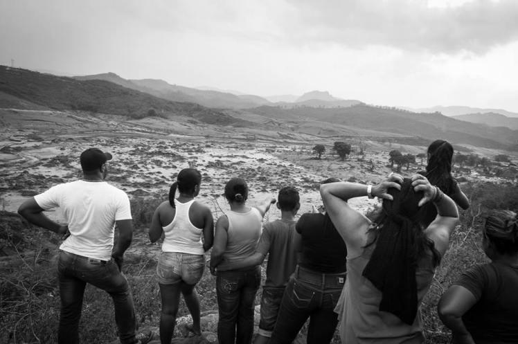 Bento Rodrigues é vale de lama provocado pela Samarco/Vale-BHP - Foto: Gustavo Ferreira/Jornalistas Livres, via FB/Marcelo Freitas