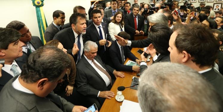 Manobras pró-Cunha acirram os ânimos e retardam o processo de cassação do presidente da Câmara na Comissão de Ética - Foto: Lula Marques/Agência PT/Fotos Públicas