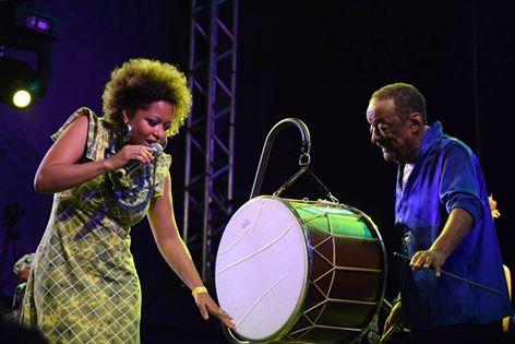 Com Sara Tavares na abertura do Carnaval 2016 no palco do Marco Zero do Recife