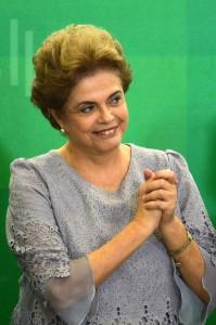 Presidenta Dilma Rousseff agradece o apoio de juristas pela legalidade - Foto: José Cruz/Agência Brasil/Fotos Públicas