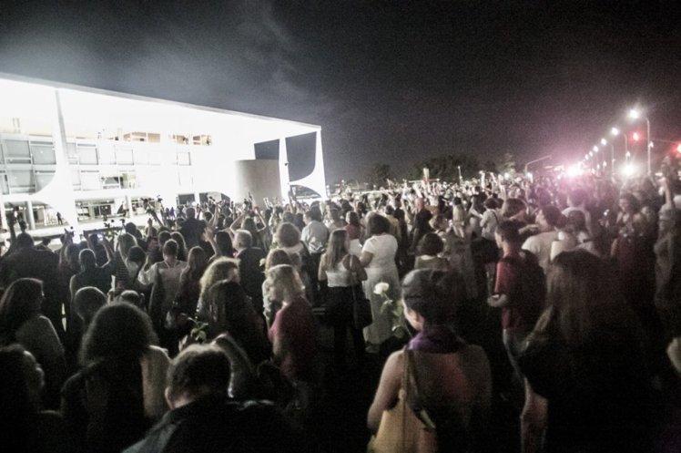 As mulheres foram chegando, chegando... de repente era uma multidão -Foto: Roberto Stuckert Fo/PR/Blog do Planalto