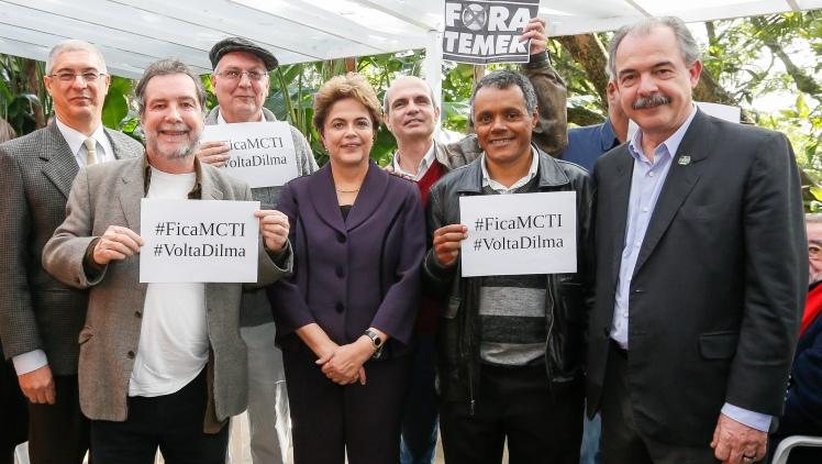 A presidenta Dilma Rousseff em encontro com intelectuais em Campinas - Foto: Roberto Stuckert/Pública Filho/PR