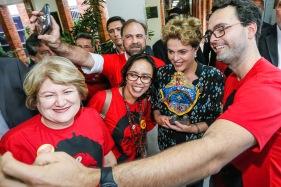 Recife - PE, 17/06/2016. Presidenta Dilma Rousseff durante Encontro na UFPE – Movimento pela Democracia. Foto: Roberto Stuckert Filho/PR