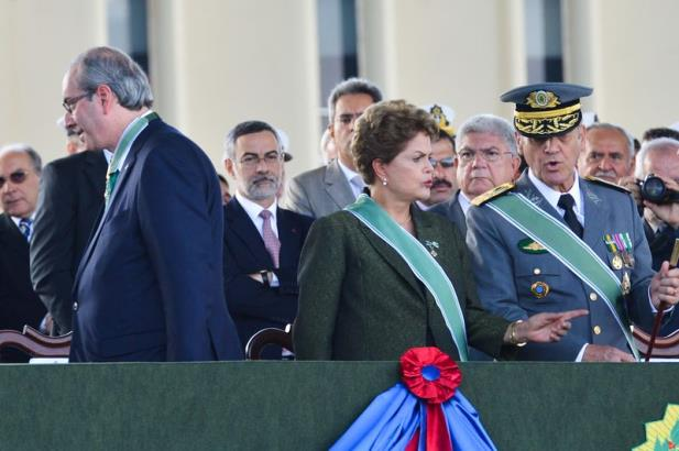 A primeira mulher presidenta da República 'afronta' o machismo e a misoginia - Foto:
