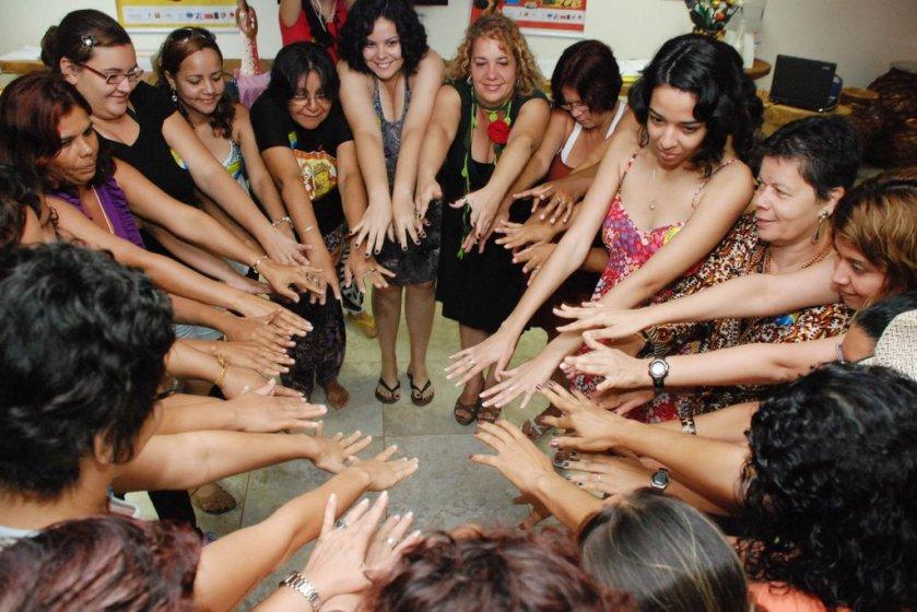 Paulo Lopes, que já é estrela, traduz nesta foto a sinergia que reinou no Encontro de Mulheres em Comunicação em Maragogi, há seis anos