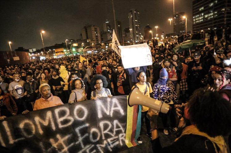 Manifestação da sexta, em São Paulo, puxado pelo coletivo Minas Pretas, foi bloqueada pelo Choque - Foto: Jornalistas Livres