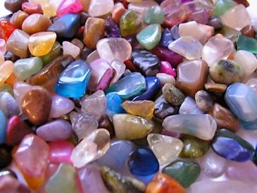 Amig@s são pedras preciosas que tempo e distância não corroem - Foto capturada na rede