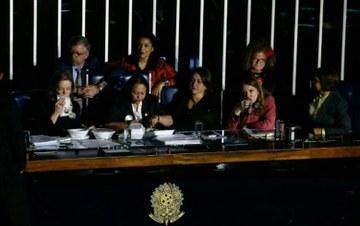 senadoras ocupam2_LulaMarques