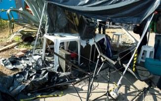 Parte do equipamento do som foi destruído - Foto: PH Renaux/Brasil de Fato PE