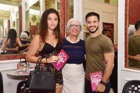 O neto e a namorada Luzi - Neto Oliveira