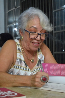 """lançamento do Livro """"Em Nome da filha"""" de Sulamita Esteliam"""