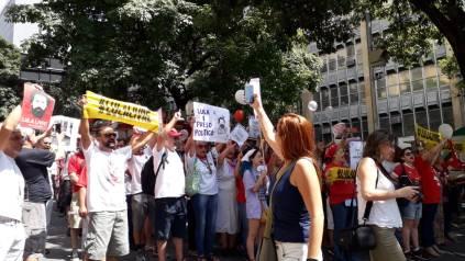 Atos em Belo Horizonte e no Recife, domingo 7 - Fotos: SEsteliam e BDF-PE
