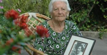 Dona Elzita Santa Cruz