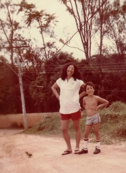 Com meu filho Elgui, em frente nossa casa - SEsteliam