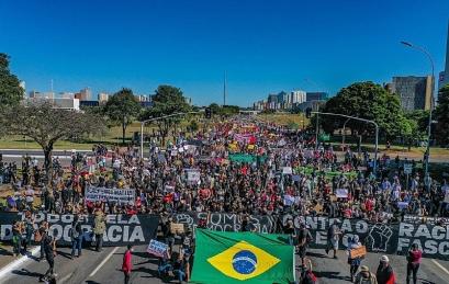 Manifestação em Brasília - Foto: Ricardo Stuckert